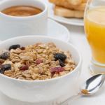 Desayunos energéticos para adultos, qué comer a primera hora del día